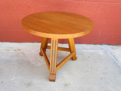 AntiqueOakRoundTablepictures.jpg
