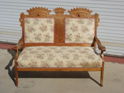 SellAntiqueFurniturepictures.jpg