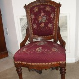 SmallAntiqueChairpictures