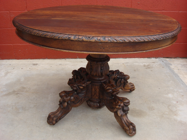 Round Antique Table Roundtables - Round Antique Table - Roundtables
