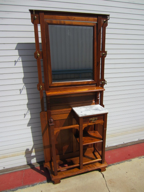 ValuableAntiqueFurniturepictures.jpg