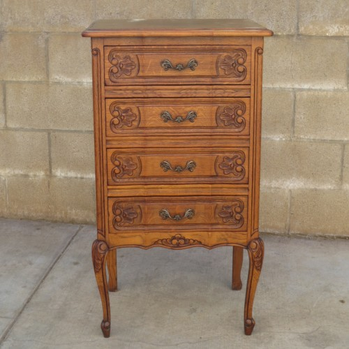 VintageAntiqueFurniturepictures.jpg
