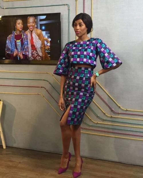 AfricanprintsKitengeChitengeStylesFashionShortgownflaredstylesimages14.jpg