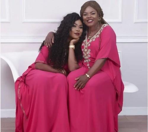 nigerianshortgownpartydressesfornigerianladiesstyle44.jpg
