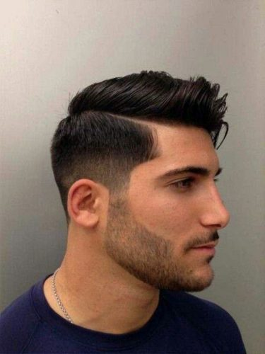 BestCombOverFadeHairstyles-comb-over-fade-hairstyle-for-men-4.jpg