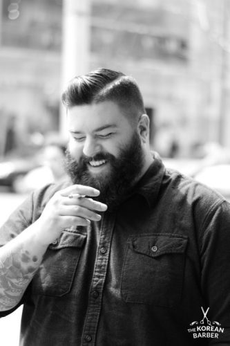 Voluminous beard Best Hairstyles for Men with Chubby Face - Needleplus