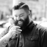 Voluminous-beard-BestHairstylesforMenwithChubbyFace
