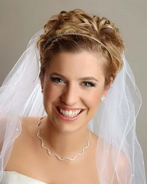bestshort-wedding-hairstyles-forwomen10.jpg